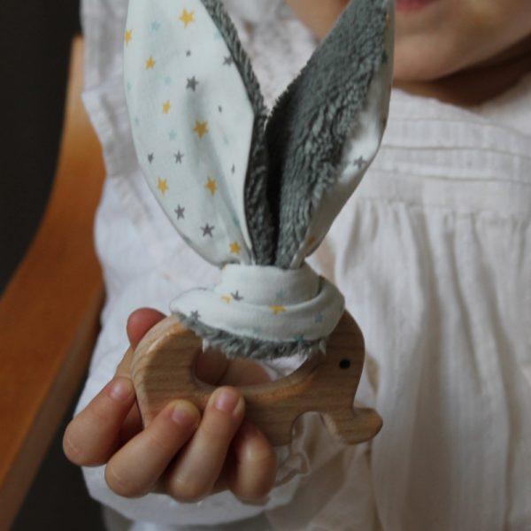 Saison des Abeilles hochet coton biologique -Bambou - bois -bebe - anneau de dentiton- oreille - elephant 4