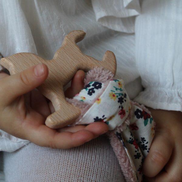 Saison des Abeilles hochet coton biologique -Bambou - bois -bebe - hochet oreille - 1