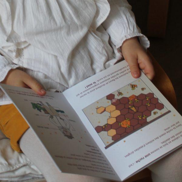 Saison des Abeilles- livre-recycle-papier-ecologique-histoire-abeille
