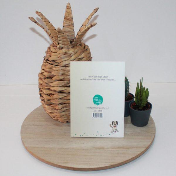 Saison des Abeilles- livre-recycle-papier-ecologique-histoire-chien