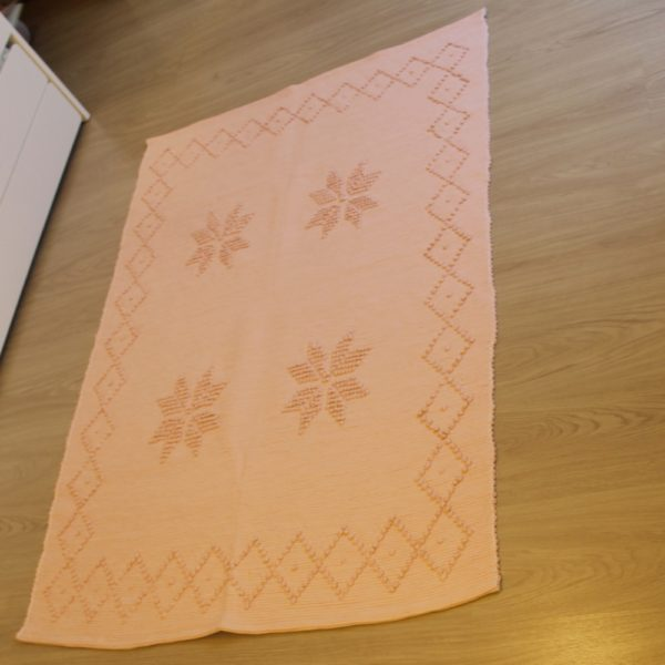 tapis-eco-responsable-fait main-made in europe-recyclé-rose